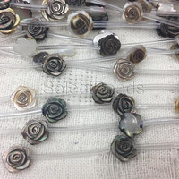 black lip shell flower beads - engraved mother of pearl beads - carved floral beads - shell jewelry beads - shell bracelet beads -10 beads