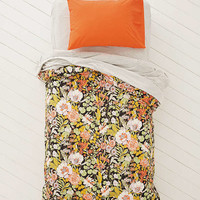 Plum & Bow Mila Allover Floral Duvet Snooze Set | Urban Outfitters