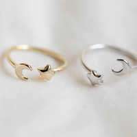 Moon and star ring,Jewelry,Ring,bridesmaid gift,everyday ring,simple ring,moon ring,star ring,moon star jewelry,half moon,knuckle ring,R272N