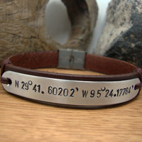 FREE SHIPPING - Mens Personalized Bracelet, Men's leather bracelet, Dark Brown leather and Aluminium Plate,Coordinate Personalized Bracelet