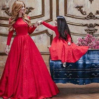 Red Long Sleeves A Line Mother And Daughter Dresses 2016 Long vestido de festa For Party Kids Pageant Dresses On Sale M891