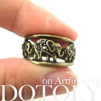 Elephant Animal Family Parade Ring in Brass | Animal Jewelry