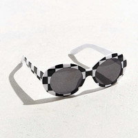 Plastic Oval Sunglasses   Urban Outfitters