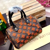 LV new women's embroidery letters women's handbag shoulder bag