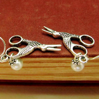 Scissors Earrings, Pearl Earrings, Trendy Earrings, Dangle Earrings, Vintage Earrings, Teens Earrings, Antique Silver Earrings, Minimalist