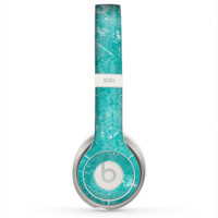 The Scratched Turquoise Surface Skin for the Beats by Dre Solo 2 Headphones