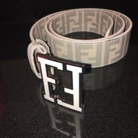 mens white fendi belt 33-34