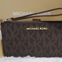 NWT MICHAEL KORS Jet Set Travel MK Sig DBL-Zip Wristlet/Wallet In BROWN PVC $138