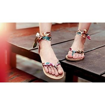 Flower Printed Cross Strap Flats Sandals Flip Flops Covered Heel 7172