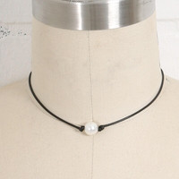 Womens Black Leather Pearl Necklace Choker + Gift Box