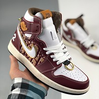 "Dior x Nike Air Jordan 1 HI OG ""Dior Joint"" AJ1 High-Top Casual Basketball Shoes 35th Anniversary Limited Edition Men's and Women's Casual Sports Shoes"