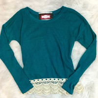 DIPPED IN LACE TOP IN TEAL