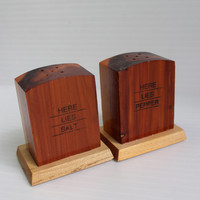 GRAVESTONE SALT and PEPPER Shaker 1983 Vintage Wood tombstone collectibles