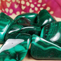 "MALACHITE ""Mirror of The Soul"" Stone Aids Introspection & Helps Heal Past Traumas Brings to Light What is Hidden - Ancient Protection Amulet"