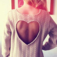 Sweet Heart Hollow Out Knitting Sweater