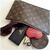 LV Louis Vuitton Fashionable Women Monogram Coin Bag Key Bag Zipper Wallet I/A