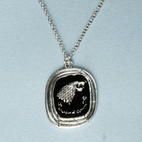 Game of thrones house STARK necklace, arya, jonh snow, pendant, jewlery, gift for GoT fans, wolf head, Song of Ice and Fire George Marti