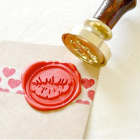 Kiss Gold Plated Wax Seal Stamp x 1