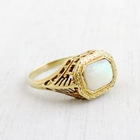 Vintage 14K Yellow Gold Opal Ring - Antique Size 7 Filigree Fine Fiery Gemstone Jewelry