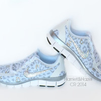VERY RARE New sizes in stock today Women's Nike Free 5.0 v4 White Leopard with Swarovski crystal details
