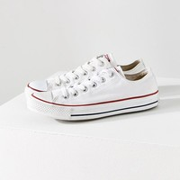 Converse Chuck Taylor All Star Low Top Sneaker   Urban Outfitters