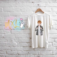 BTS watercolor Taehyung T-Shirt (Design by Yoomint)