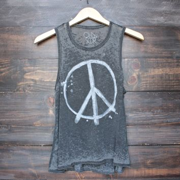 Chaser vintage look peace riot tank