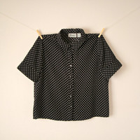 Vintage. 80's Polka Dot Button Up Blouse. Black and White. Short Sleeves. Collar. Shirt. Top. Hipster. Retro. Small. S