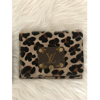 LV Snap Wallet Gold Leopard