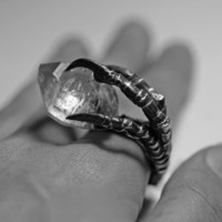 the messenger. crow claw & quartz crystal ring. sterling silver.