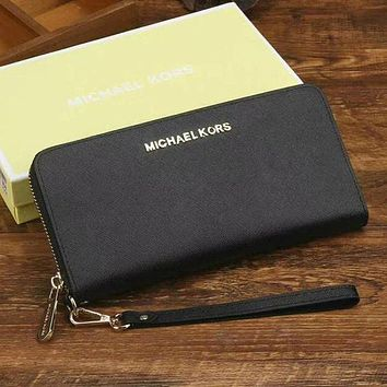 Michael Kors Fashion Women Leather Zipper Wallet Purse G
