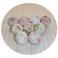 Shabby Chic fabric Push Pins / Thumb Tacks with Floral Tin