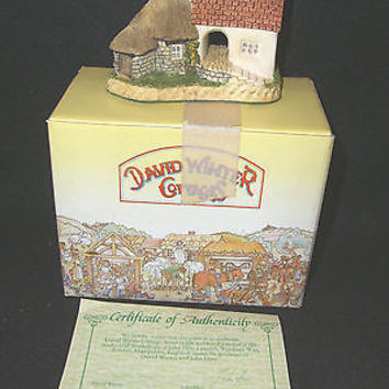 David Winter Cottages THE POTTERY With Box & COA