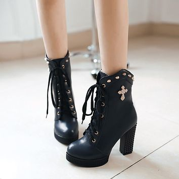 Fashion New 2016 Women Boots Shoes with Studded Pu Leather Ankle Boots Lace Up 5312