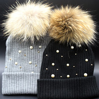 Pearl Waring Cute Woolen Ball Top Knitted Hat