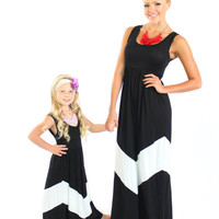 Ryleigh Rue Black and White Maxi Dress - Ryleigh Rue Clothing by MVB