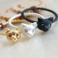 Cute Cat Head Finger Rings Comes In Gold, Silver And Black Metal Colors