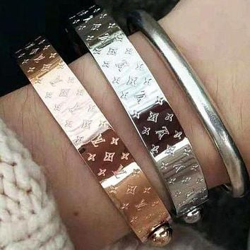 Louis Vuitton LV Fashion Trending Women Men High end Stainless Steel Bracelet