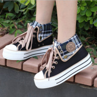 Japanese students canvas shoes