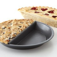 The Spoon Sisters Split Decision Pie Pan