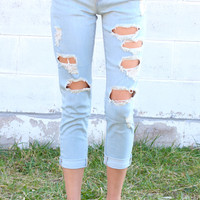 Destroyed Roll Up Boyfriend Crops {L. Denim}