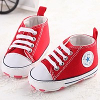 Newborn canvas baby shoes toddler girls boys Moccasins soft sole Classic Sports Sneakers brand Football Shoes for first walker