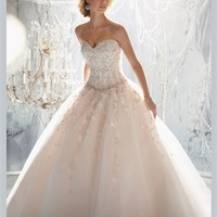 White Ball Sweetheart Beading Applique Tulle 2013 Wedding Dress IWD0223 -Shop offer 2013 wedding dresses,prom dresses,party dresses for girls on sale. #Category#