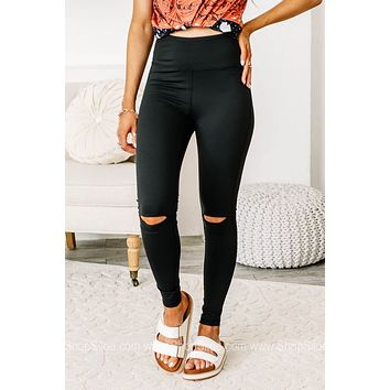 Essential Performance Highwaisted Leggings