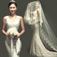 2015 new luxury fashion sexy deep V neckline lace mermaid bride wedding dress