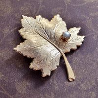 Vintage 1960s Sarah Coventry, Gold Tone Maple Leaf Brooch Pin, Faux Pearl, Womens Mid Century Estate Nature Bridal Wedding Jewelry, Gift Her