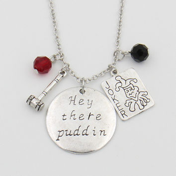 "Suicide Squad Harley Quinn Necklace,""Hey there Puddin"" Letter Pendant Joker Card,Hammer,Crystals Cosplay Jewelry Dropshipping"