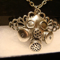 Gas Mask Pendant Necklace in Antique Silver -  Dr. Who (1799)