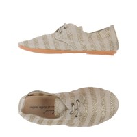 Anniel Lace-Up Shoes