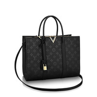 Products by Louis Vuitton: Very Tote GM